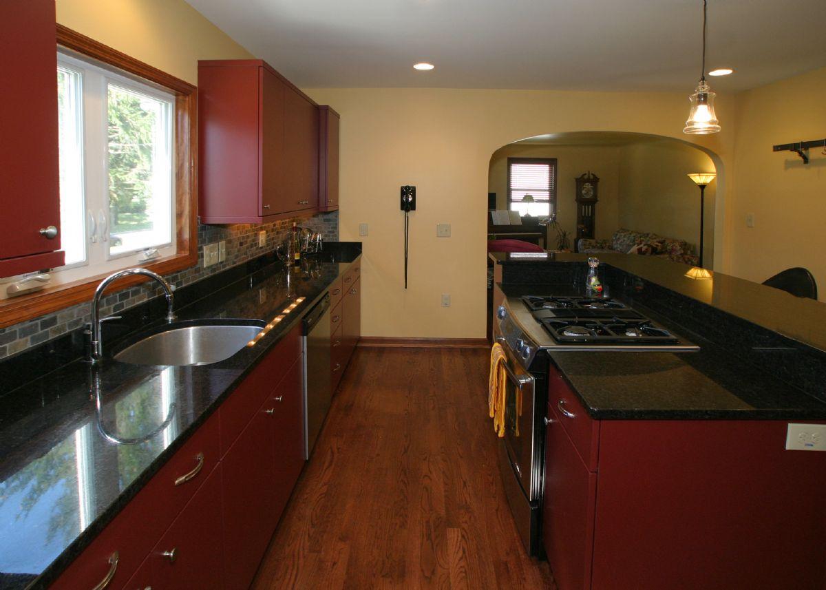 [109]Kitchen5.jpg
